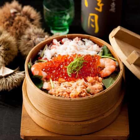 【新潟産】海鮮わっぱ飯(蟹・鮭・海老・いくら)
